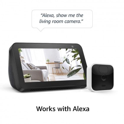 Blink Indoor - 5 camera kit (USA Set), wireless, HD security camera with 2-year battery life, motion detection, and 2-way audio (Smarter Home)